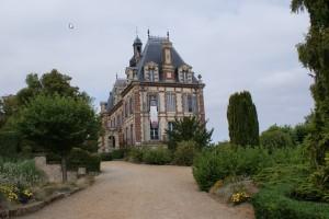 château autour de FAVEROLLES 28210